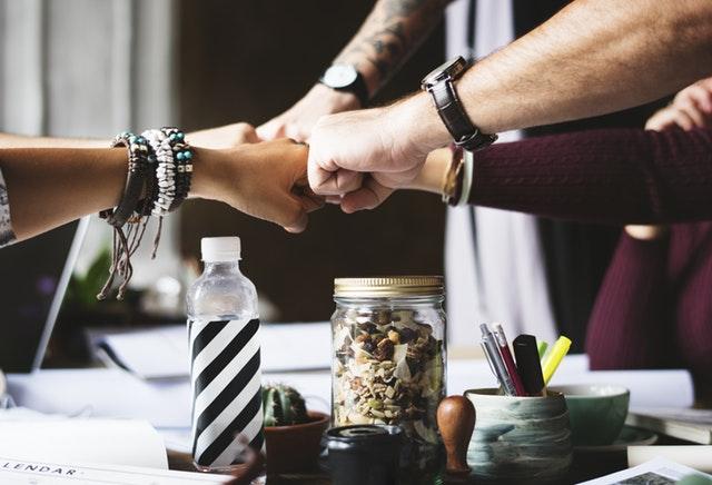 Cena de empresa: La cita perfecta para crear Team building