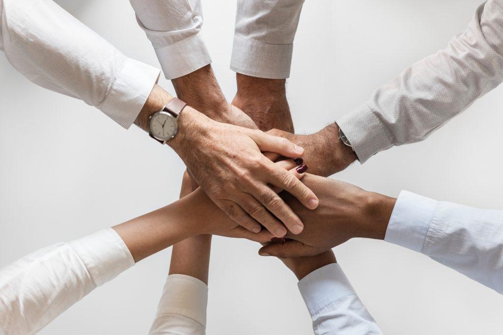 Las 5 cualidades que debes buscar para un equipo comercial de éxito